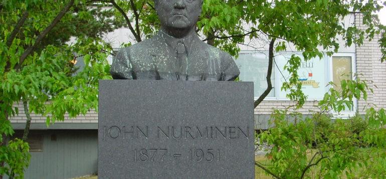 Kuva: John Nurminen -patsas, rintakuva, Yrjö Liipola