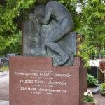 Kuva: Yrjö Liipola, Rafael Lönnströmin hautamuistomerkki, 1946.