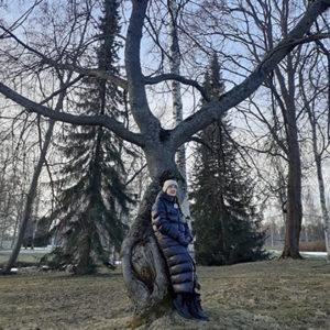 Marika Kiekara: Ihminen ja puu