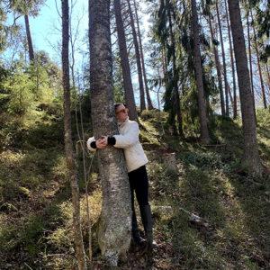 Sofia Valtonen: Ihminen ja puu